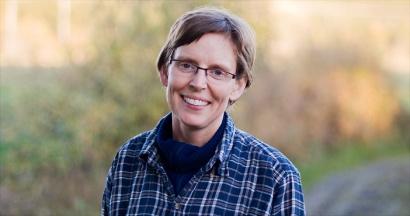 Tina Åkesson, Mellomgården